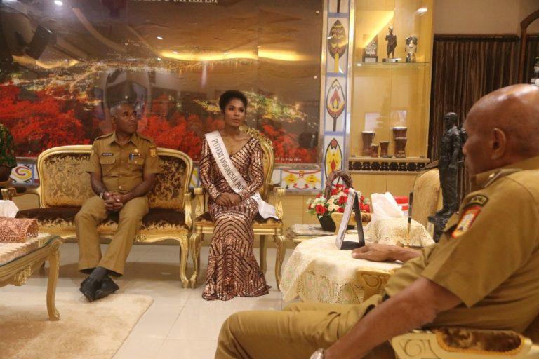 Putri Indonesia Papua Asal Port Numbay Ketika Bertemu Walikota Jayapura