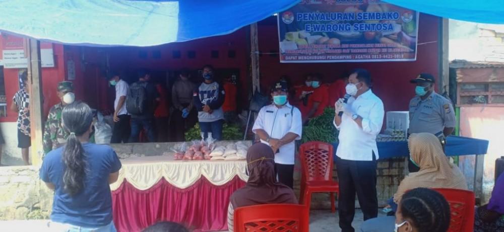 Wakil Walikota Jayapura Saat Berikan Sambutan